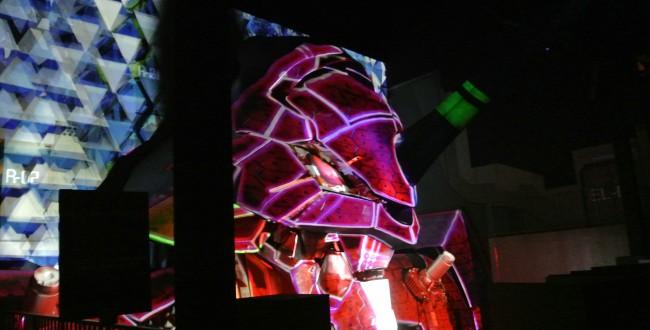 エヴァンゲリオン 実物大初号機に投影するプロジェクションマッピング 富士急ハイランド オリジナルストーリーで本日公開!